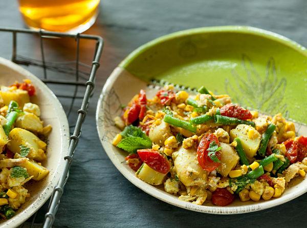 Green Bean Chicken Salad & Curry Vinaigrette